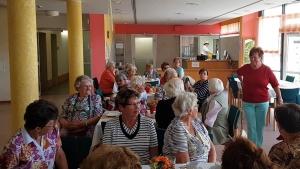 Modenschau im Seniorencafé
